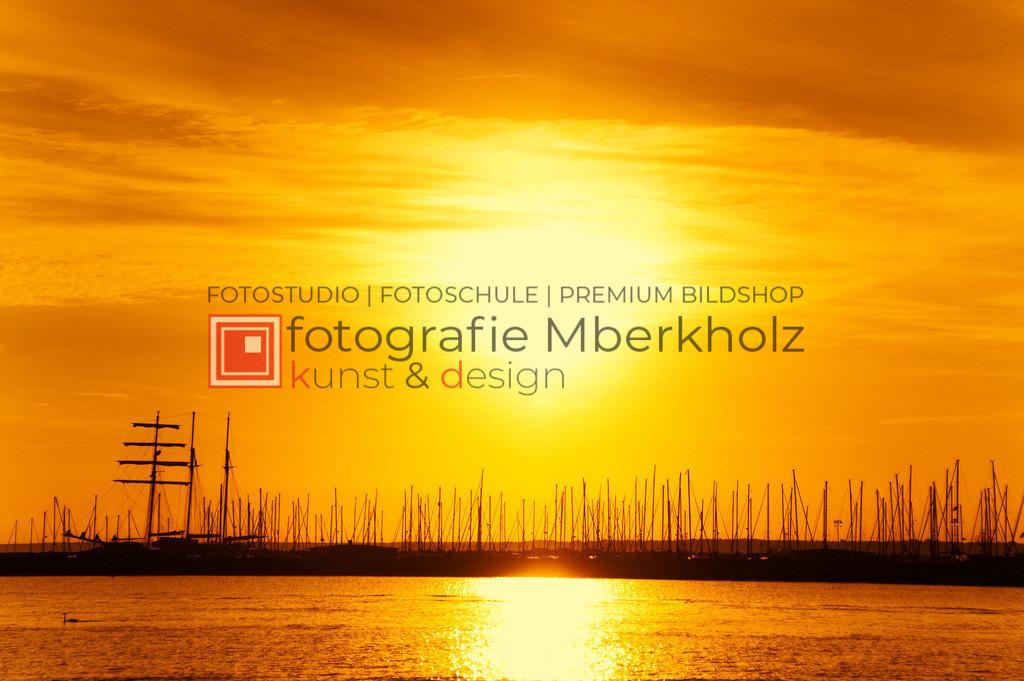 _MBE4734be_s | Die Bildergalerie Das Meer des Warnemünder Fotografen Marko Berkholz, zeigt Farben, Momente und die Kraft des Wassers. Aber auch leise Momente der Ruhe und Entspannung.
