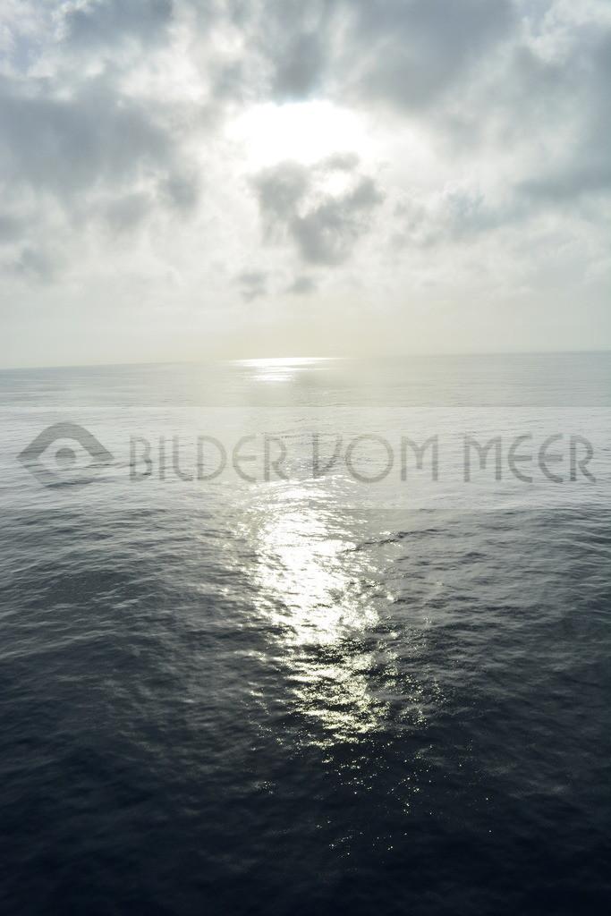 Bilder Sonne | Sonne auf Ibiza auf hoher See