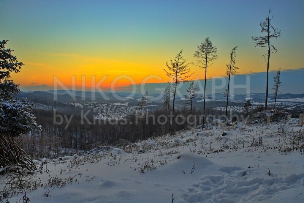Schneelandschaft | Der Blick über die schneebedeckte Landschaft auf den Iserlohner Stadtteil Roden.