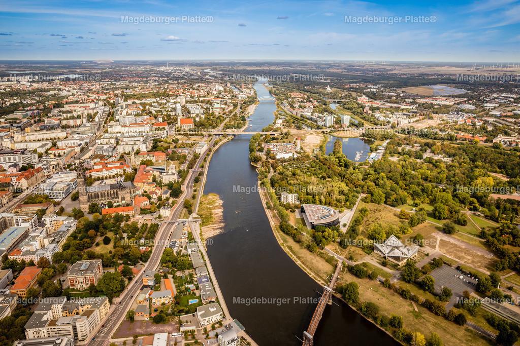 Magdeburg September Gyrokopter-9600 | Luftbilder aus der Vogelperspektive von MAGDEBURG ... mit Drohne oder von oben fotografiert für die Bilddatenbank der Luftbildfotografie von Sachsen - Anhalt.