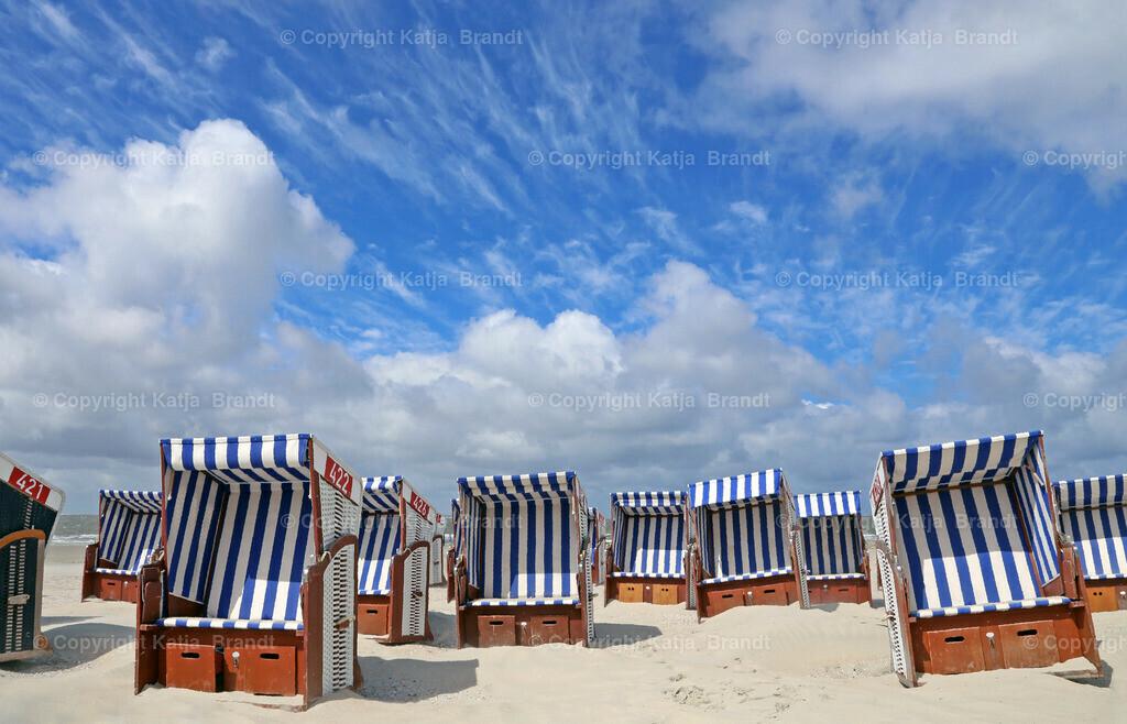 Strandkorb-Wolken
