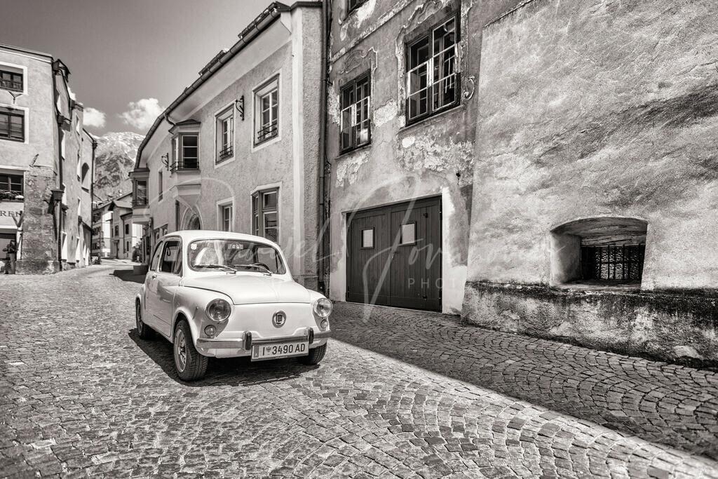 Hall in Tirol | Fiat 600 in den Gassen der Haller Altstadt