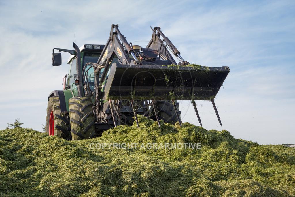 20150511-IMG_1616 | Gras silieren - AGRARMOTIVE Bilder aus der Landwirtschaft