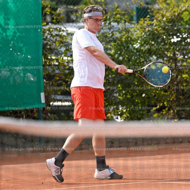 Tennis H40 Hessenliga TEC Darmstadt - Hochheim copyright by HEN-FOTO | Tennis Herren H40 Hessenliga TEC Darmstadt - Hochheim 3 Karsten Krämer (TEC) copyright by HEN-FOTO / Foto: Peter Henrich