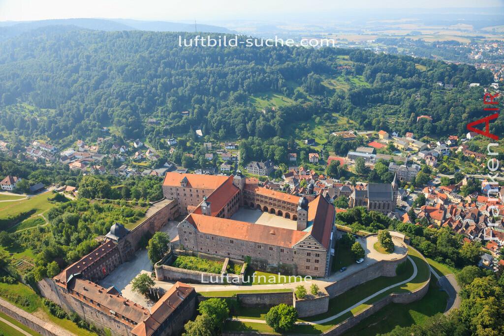 plassenburg--2012-33   Luftbild von Plassenburg Kulmbach - Luftaufnahme wurde 2012 von https://frankenair.de mittels Flugzeug (keine Drohne) erstellt - die Geschenkidee