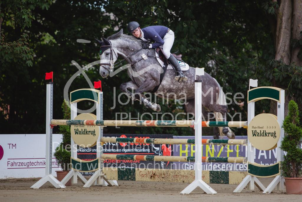 200821_Delbrück_Youngster-M-606 | Delbrück Masters 2020 Springprüfung Kl. M* Youngster Springen 6-8jährige Pferde