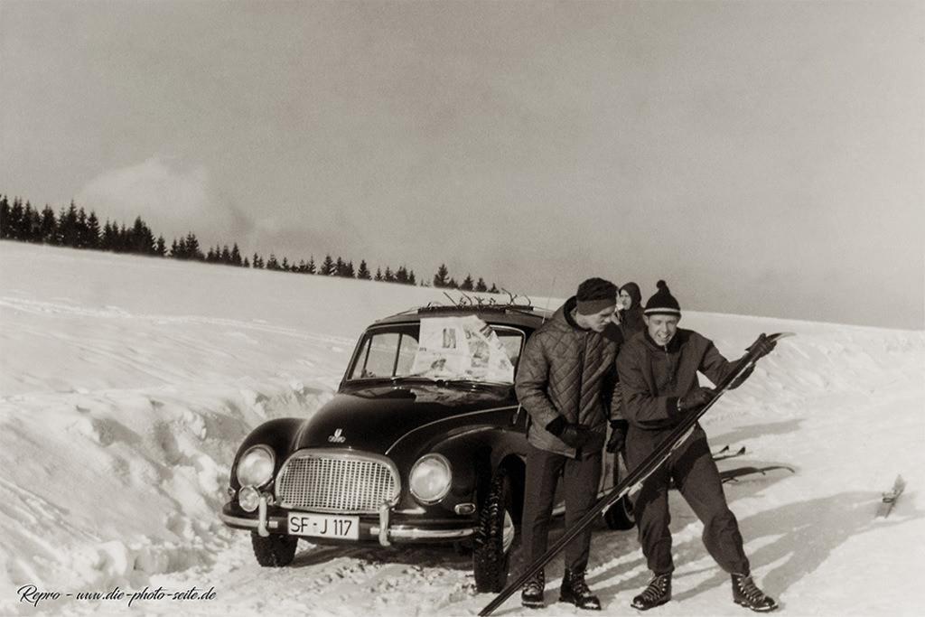 Die Jungs beim Skifahren