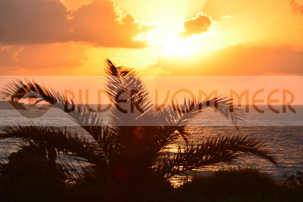 Bilder vom Meer als Wandbild vom Meer | Wandbild vom Meer: Sonnenaufgang in Spanien am Meer