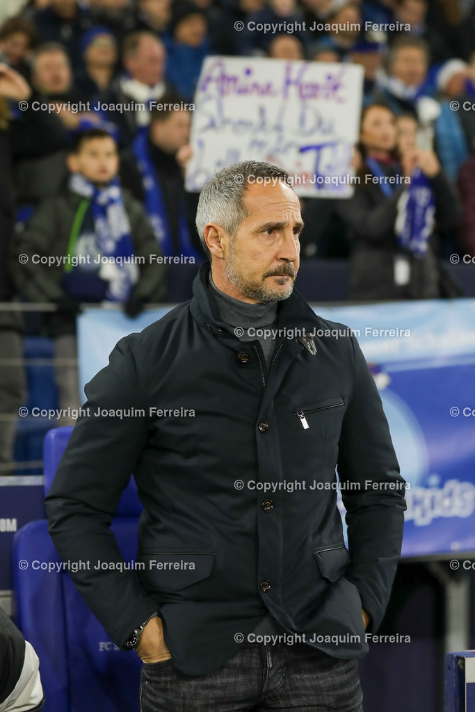191215_schvssge_0046 | 15.12.2019 Fussball 1.Bundesliga, FC Schalke 04 - Eintracht Frankfurt  emspor  v.l.,  head coach, Trainer Adi Hütter (Eintracht Frankfurt)    (DFL/DFB REGULATIONS PROHIBIT ANY USE OF PHOTOGRAPHS as IMAGE SEQUENCES and/or QUASI-VIDEO)