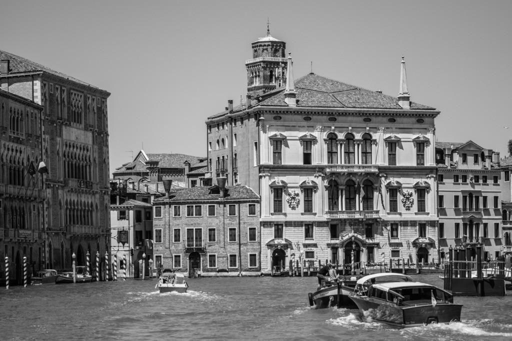 Venice-bnw-56