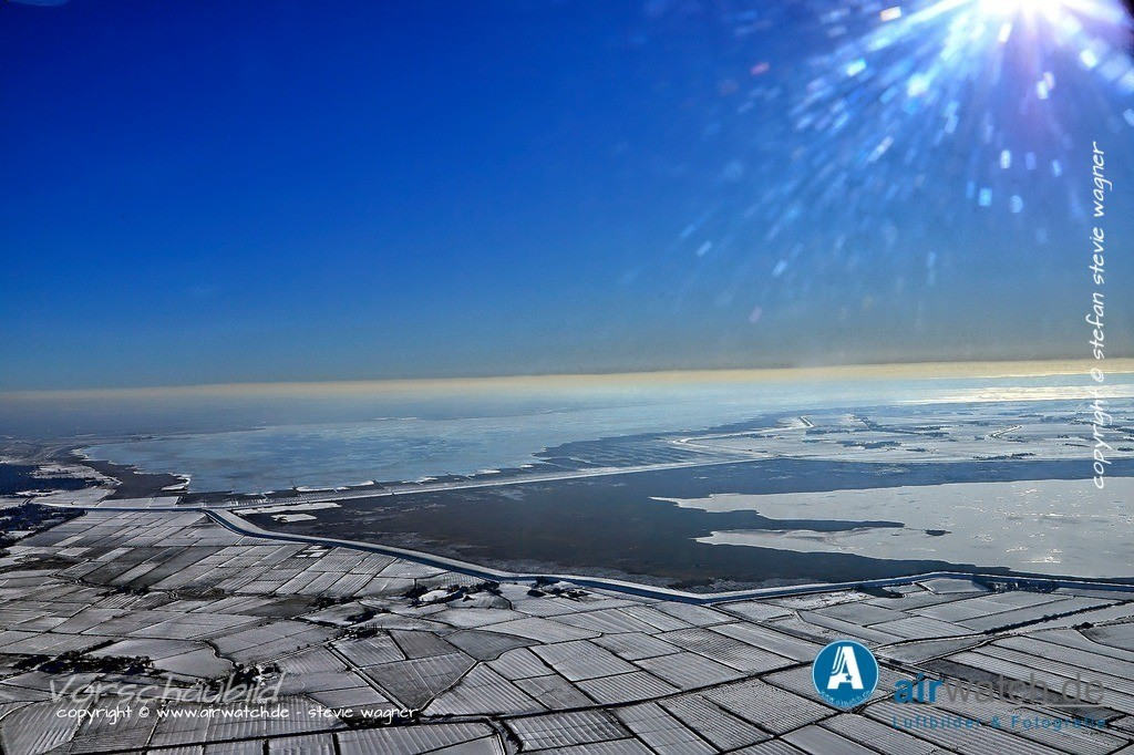 Winter Luftbilder, Nordsee, Nordfriesland, Husumer Bucht, Halbinsel Nordstrand | Winter  Luftbilder, Nordsee, Nordfriesland, Husumer Bucht, Halbinsel Nordstrand