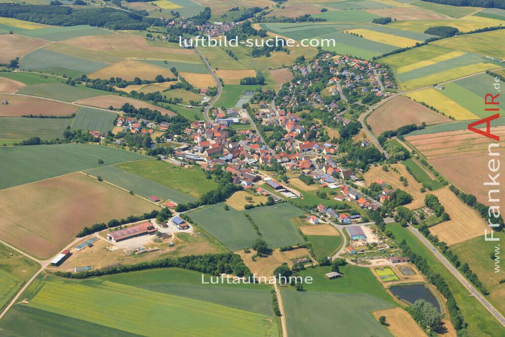 luftbild-markt-taschendorf-2015-4673 | Luftbild von  Markt-taschendorf - Luftaufnahme wurde 2015 von https://frankenair.de mittels Flugzeug (keine Drohne) erstellt - die Geschenkidee