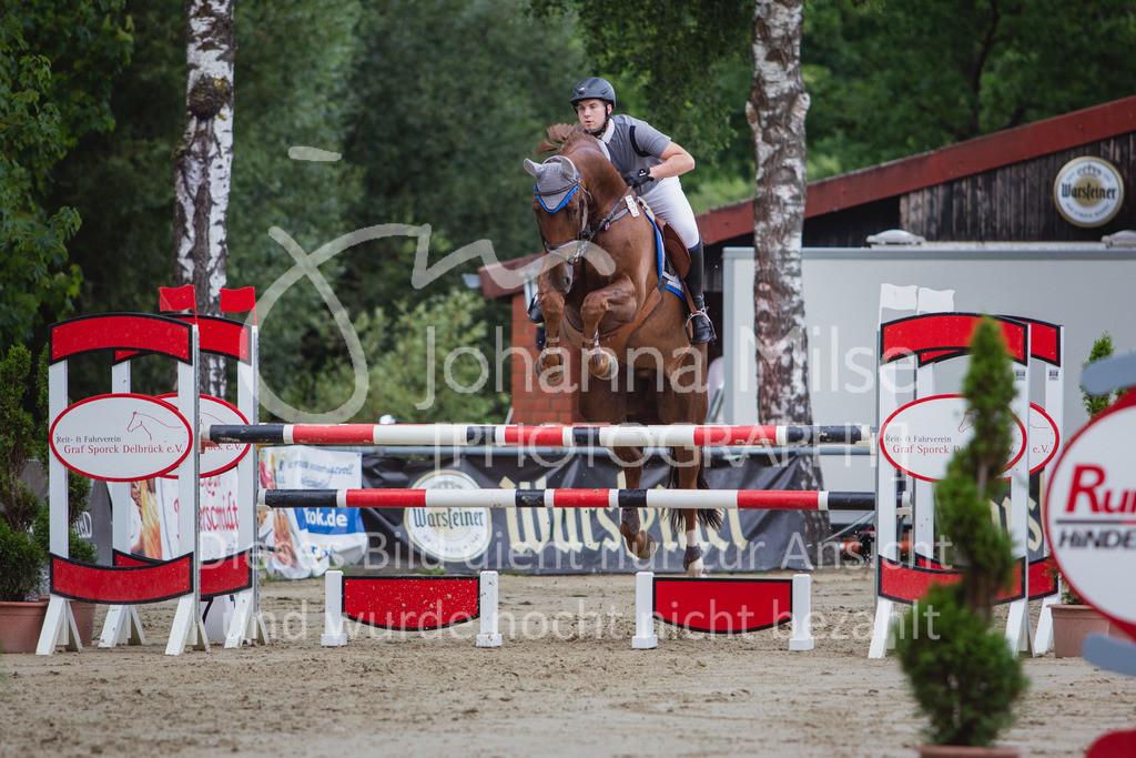 200821_Delbrück_Youngster-M-644 | Delbrück Masters 2020 Springprüfung Kl. M* Youngster Springen 6-8jährige Pferde