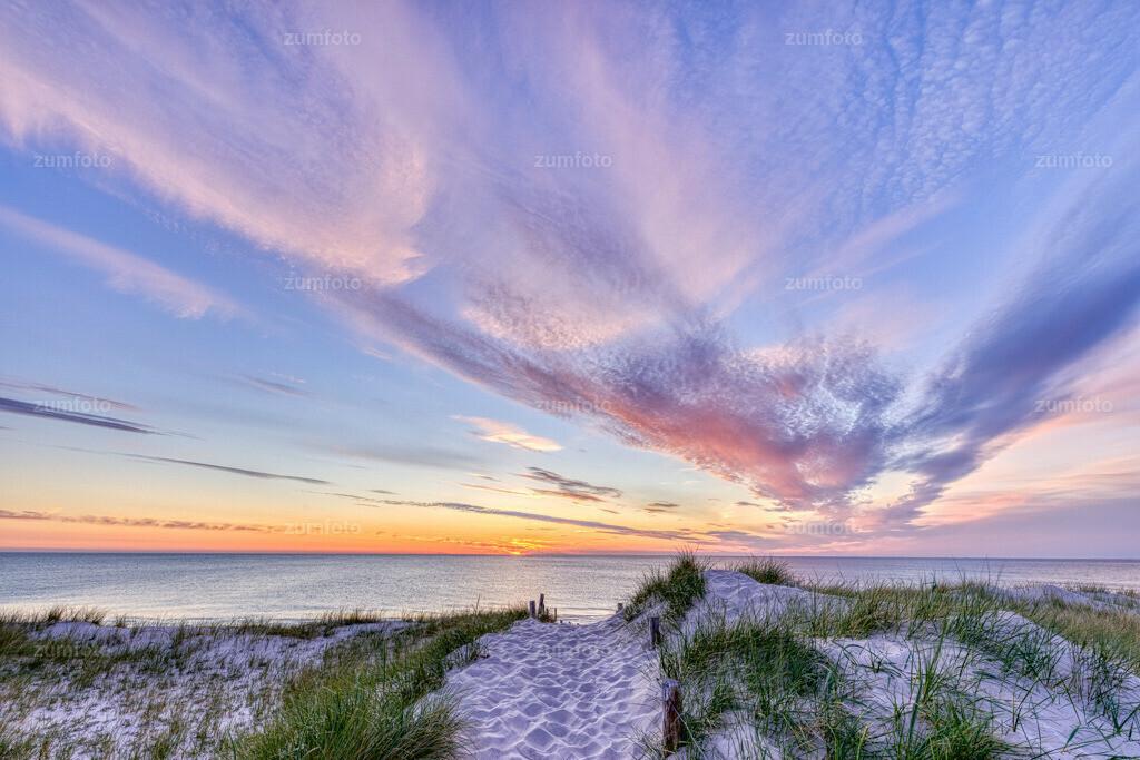 200521_2120-6700_AuroraHDR-edit_0 | Dieses Jahr ging es am Herrentag an die Ostsee. Ich wünsche euch einen schönen Samstag!
