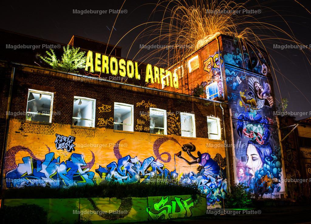 AEROSOL-ARENA Magdeburg Lichtmalerei Daniel Lehmann   Luftbilder aus der Vogelperspektive von MAGDEBURG ... mit Drohne oder von oben fotografiert für die Bilddatenbank der Luftbildfotografie von Sachsen - Anhalt.