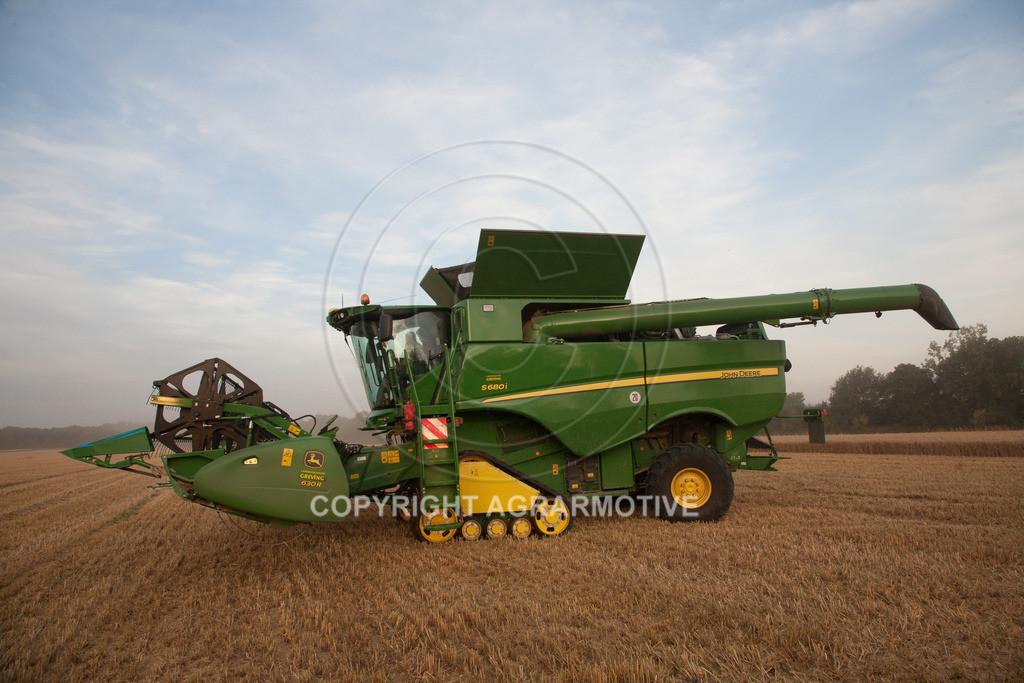 20120817-_MG_8699 | Weizenernte in der Dämmerung