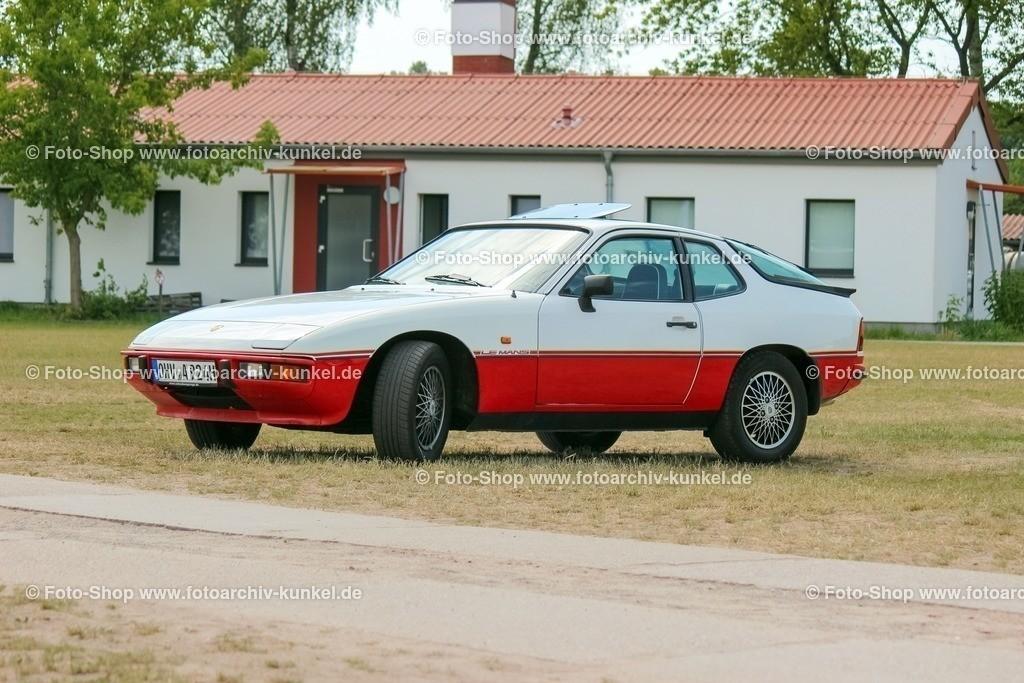 Porsche 924 Le Mans Sondermodell, 1980 | Porsche 924 Le Mans, Coupé 2 Türen, alpinweiß, 1980, Sondermodell zu den Siegen im 24-Stunden-Rennen von Le Mans im Jahre 1979, Stückzahl: 1030, BRD, Deutschland