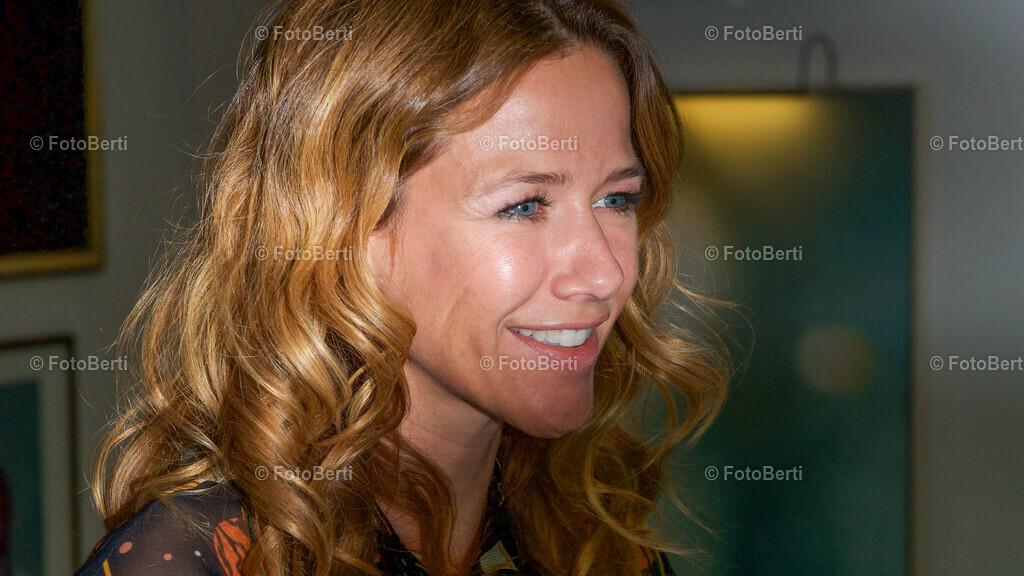 Emmy Award | Alexandra Neldel
