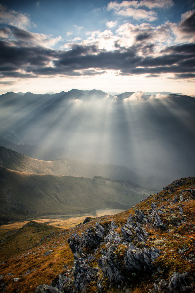 Sonnenstrahlen Bergmomente | Rumänien Karpaten