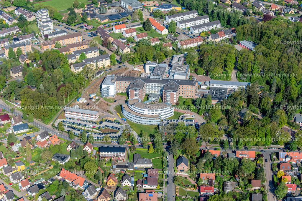 Buxtehude Elbe Klinikum_ELS_7548020518 | Buxtehude - Aufnahmedatum: 02.05.2018, Aufnahmehöhe: 414 m, Koordinaten: N53°27.508' - E9°41.151', Bildgröße: 8256 x  5504 Pixel - Copyright 2018 by Martin Elsen, Kontakt: Tel.: +49 157 74581206, E-Mail: info@schoenes-foto.de  Schlagwörter:Niedersachsen,Luftbild, Luftbilder, Deutschland