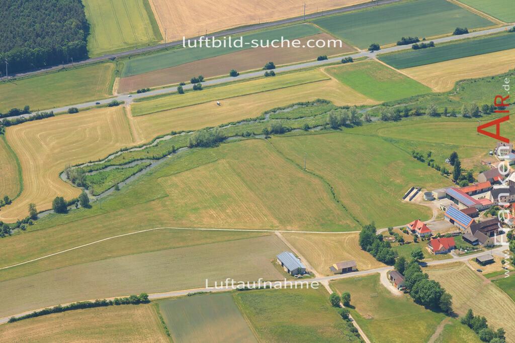 unterlaimbach-scheinfeld-2015-64   Luftbild von Unterlaimbach Scheinfeld - Luftaufnahme wurde 2015 von https://frankenair.de mittels Flugzeug (keine Drohne) erstellt - die Geschenkidee