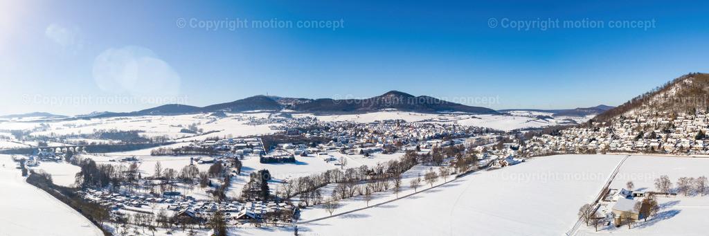 Panorama_Zierenberg vom Dörnberg_3zu1