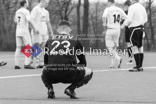 Fußball, Herren, Kreisliga 3, ETSV Hamburg II - SC Vier- und Marschlande III., Mittlerer Landweg, 01.03.2020 | Egor Gergenrejder (#23, ETSV)