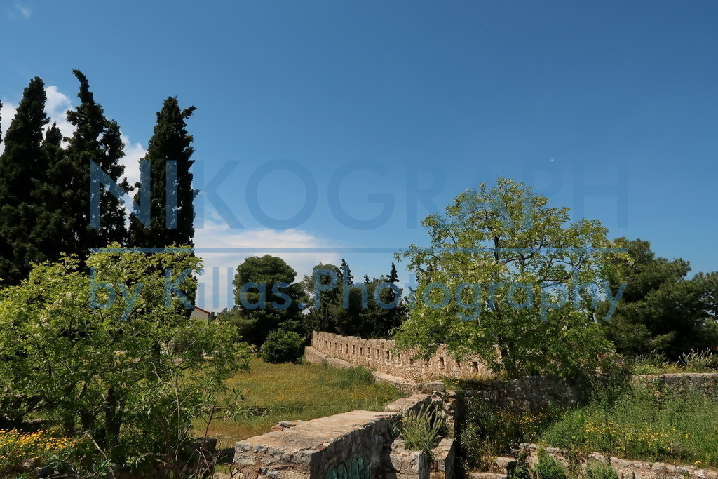 Festung Karababa | Die Festung Karababa bei Chalkida gegenüber der griechischen Insel Euböa.
