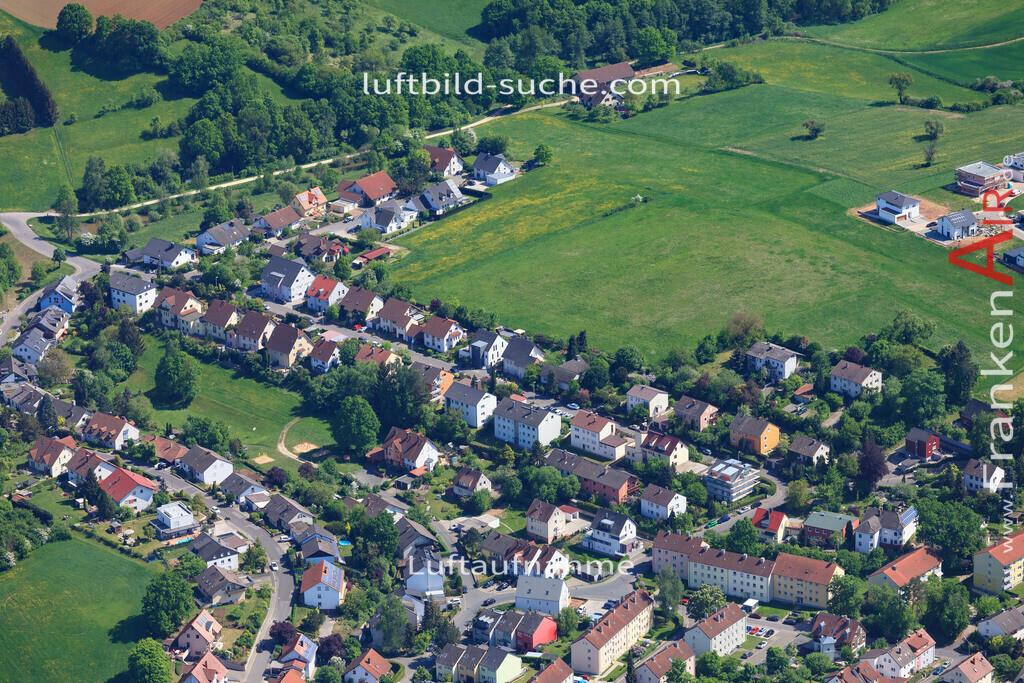 bischberg-18-345 | aktuelles Luftbild von  Bischberg - Luftaufnahme wurde 2018 von https://frankenair.de mittels Flugzeug (keine Drohne) erstellt.