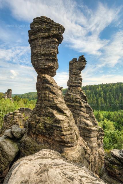 Herkulessäulen im Bielatal | Die Große Herkulessäule und die Kleine Herkulessäule sind zwei schlanke Felstürme im Bielatal in der Sächsischen Schweiz.