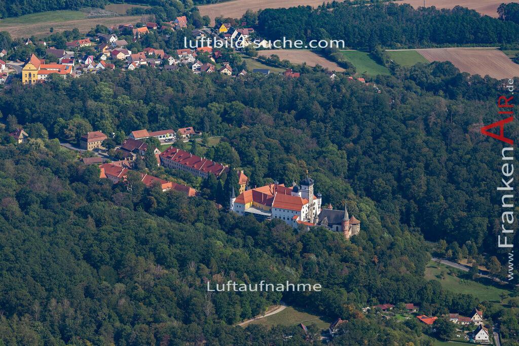 schwarzenberg-scheinfeld-19-812   aktuelles Luftbild von Schwarzenberg  Scheinfeld - Luftaufnahme wurde 2019 von https://frankenair.de mittels Flugzeug (keine Drohne) erstellt.