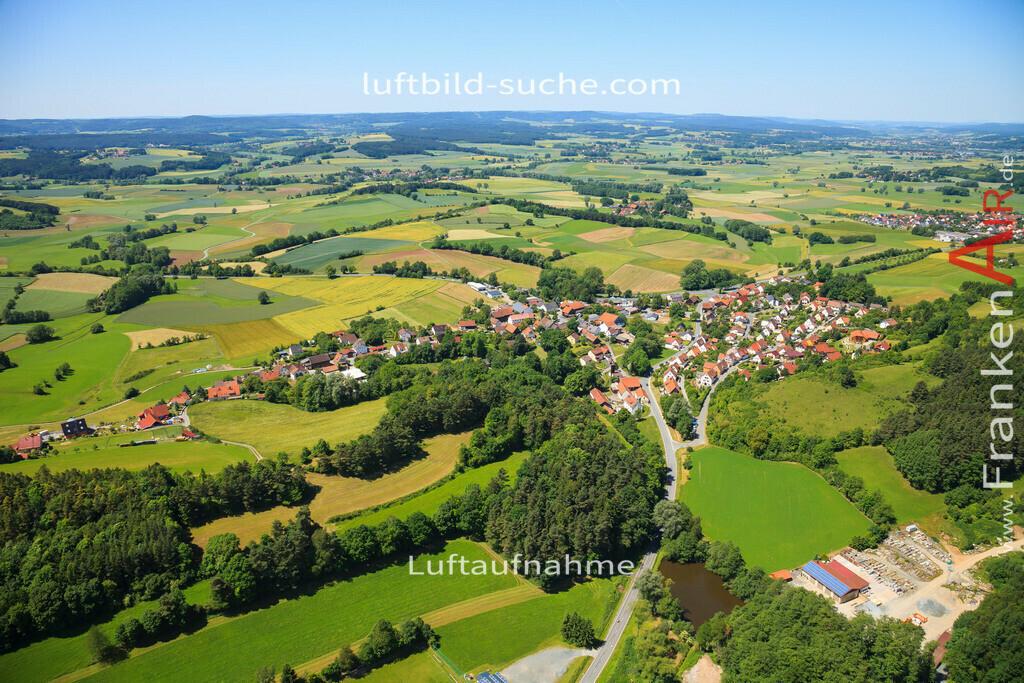 leuchau-kulmbach-2014-3055 | Luftbild von Leuchau Kulmbach - Luftaufnahme wurde 2014 von https://frankenair.de mittels Flugzeug (keine Drohne) erstellt - die Geschenkidee
