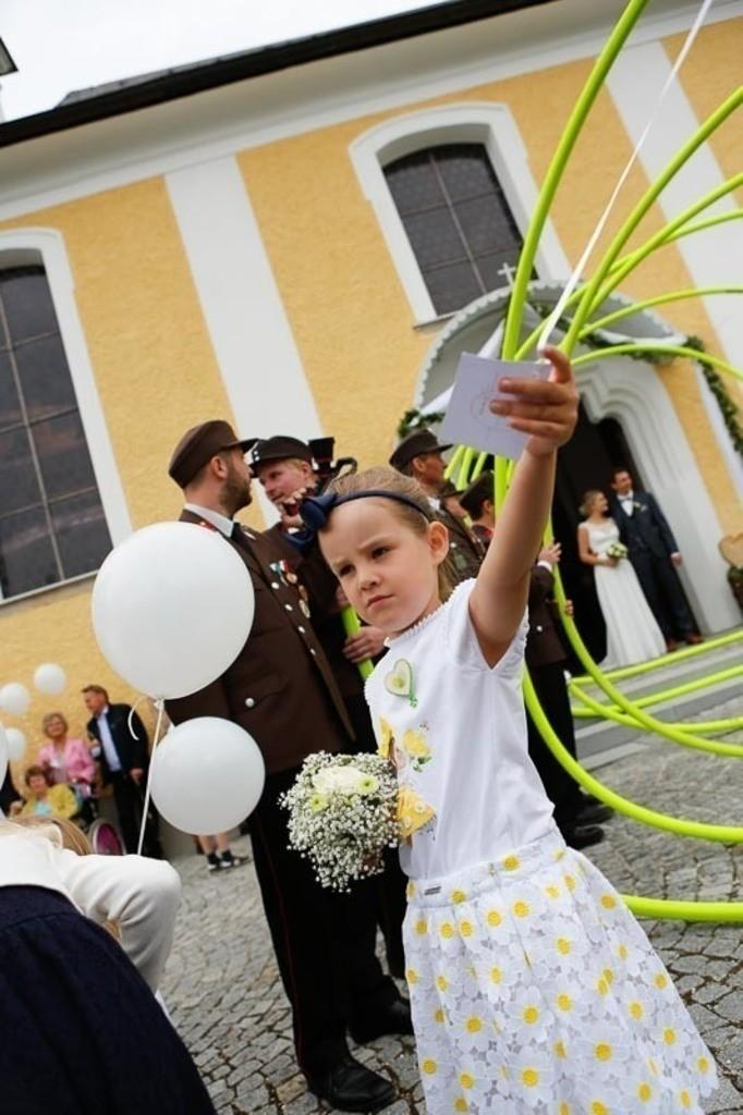 Carina_Florian zu Hause_Kirche WeSt-photographs01374