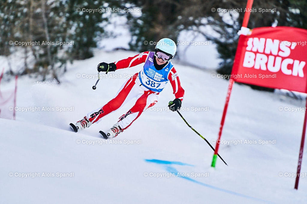 ALS5613_WWMG_GS-II_C | (C) FotoLois.com, Alois Spandl, WinterWorldMastersGames 2020 Innsbruck, Giant Slalom-II Gruppe C Damen, Patscherkofel Olympiaabfahrt, Mi 15. Jänner 2020.