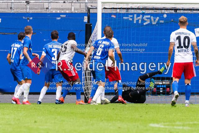 1:0 Treffer kurz vor Schluss von Stephan Ambrosius (#35 HSV)   1:0 Treffer kurz vor Schluss von Stephan Ambrosius (#35 HSV)