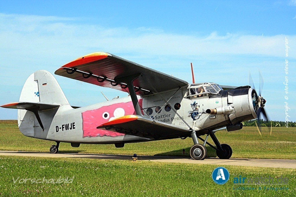 Flughafen Husum, Antonow AN-2 | Flughafen Husum, Antonow AN-2 • max. 4272 x 2848 pix