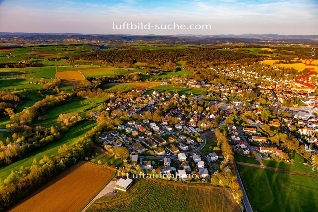 thurnau-18-201   aktuelles Luftbild von  Thurnau - Luftaufnahme wurde 2018 von https://frankenair.de mittels Flugzeug (keine Drohne) erstellt.