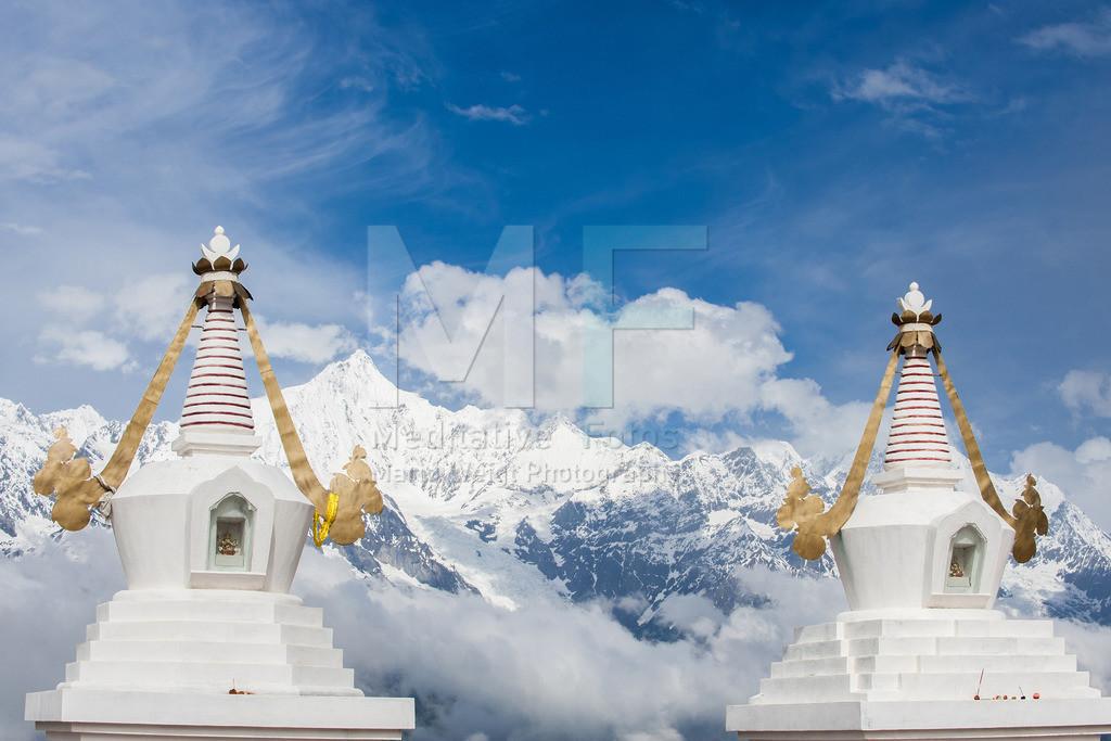 MW0411-9669 | Buddhistische Tschörten (Stupas) in Tibet