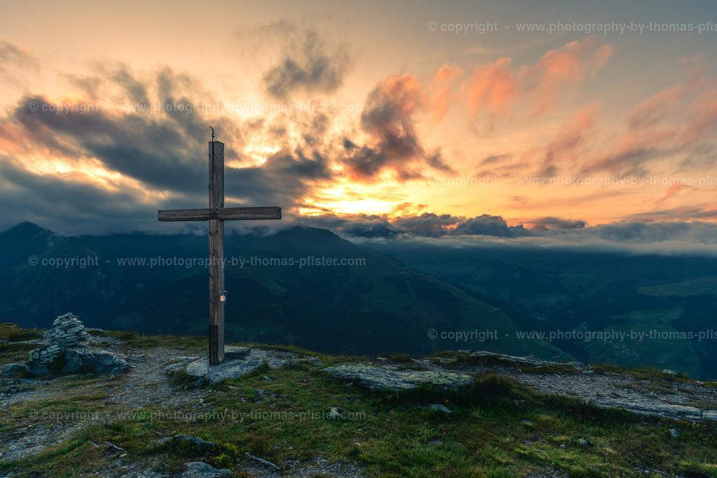 Tettensjoch Sonnenuntergang am Gipfel-1