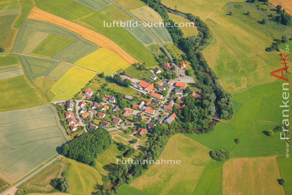 oberzettlitz-kulmbach-2014-37 | Luftbild von Oberzettlitz Kulmbach - Luftaufnahme wurde 2014 von https://frankenair.de mittels Flugzeug (keine Drohne) erstellt - die Geschenkidee