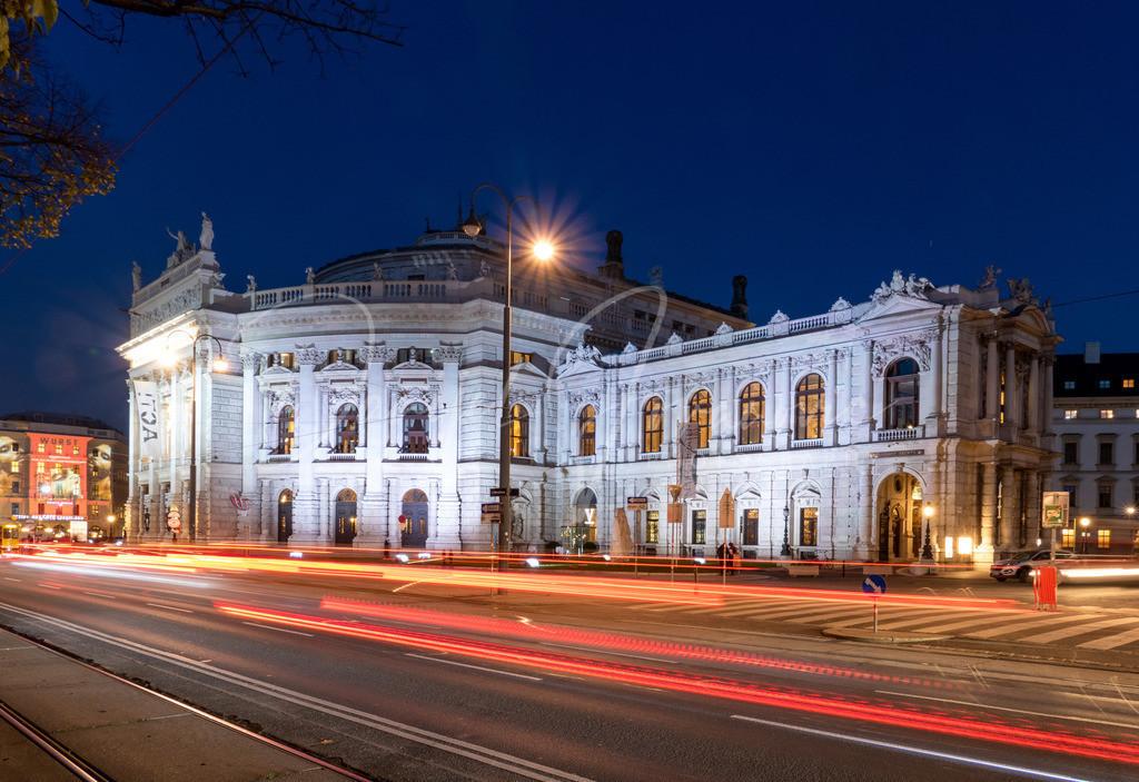 Burgtheater | Das Burgtheater in Wien zur blauen Stunde