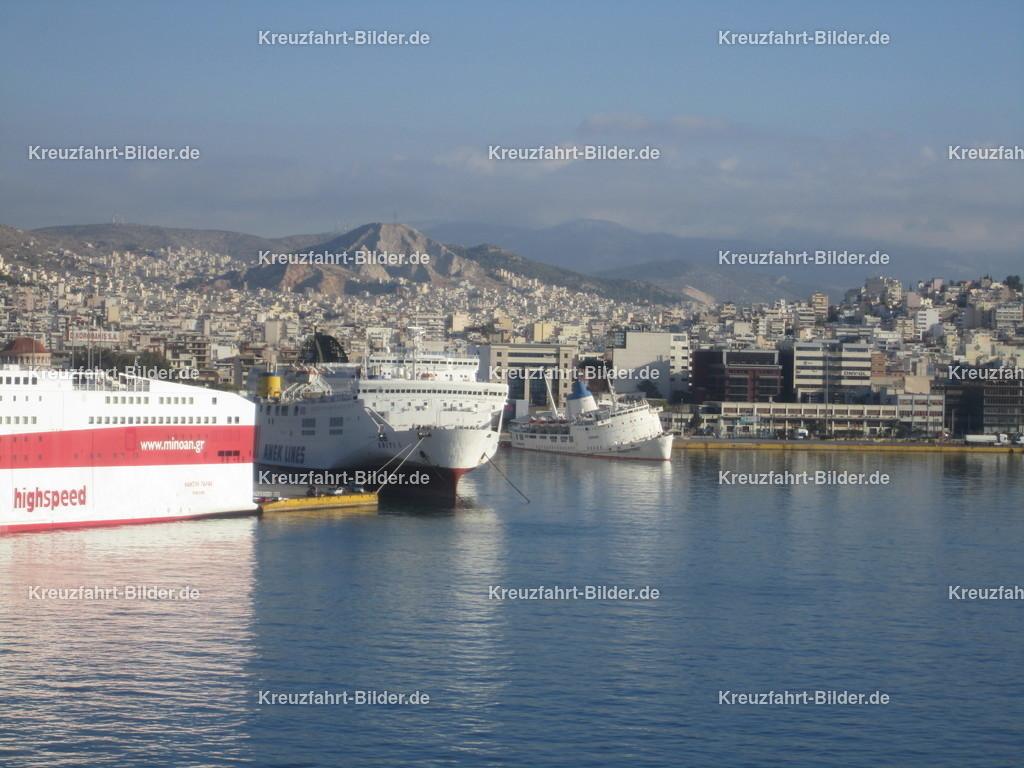 Piräus | Blick auf den Hafen von Piräus
