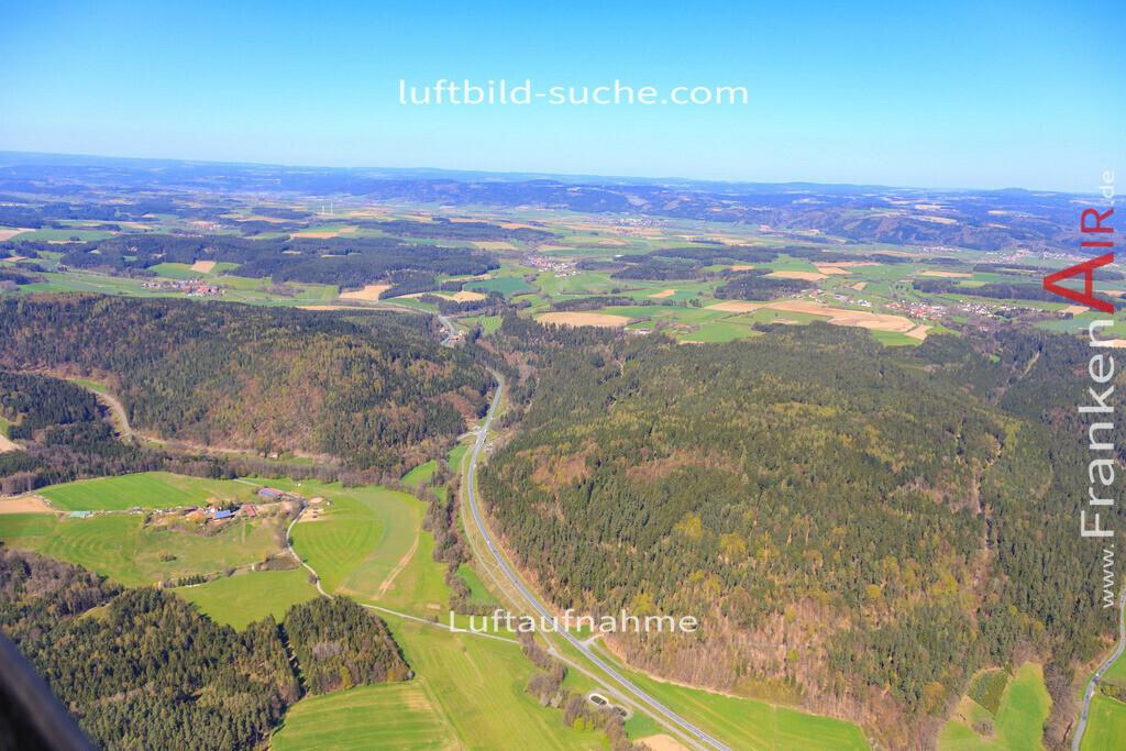 sackenreuth-kulmbach-2016-122 | Luftbild von Sackenreuth Kulmbach - Luftaufnahme wurde 2016 von https://frankenair.de mittels Flugzeug (keine Drohne) erstellt - die Geschenkidee