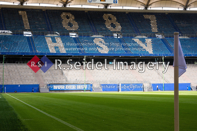 Fußball, Herren, Testspiel, Hamburger SV - FC Hansa Rostock, Volksparkstadion, 09.08.2020   Nordtribüne des Volksparkstadions in Hamburg (Innenraum)