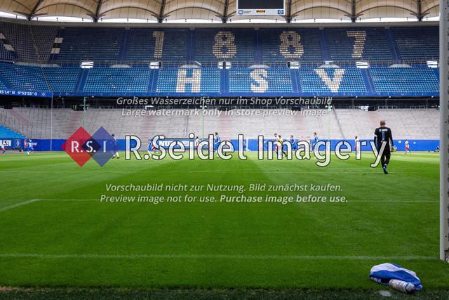 Fußball, Herren, Testspiel, Hamburger SV - FC Hansa Rostock, Volksparkstadion, 09.08.2020 | Aufwärmen vor dem Spiel