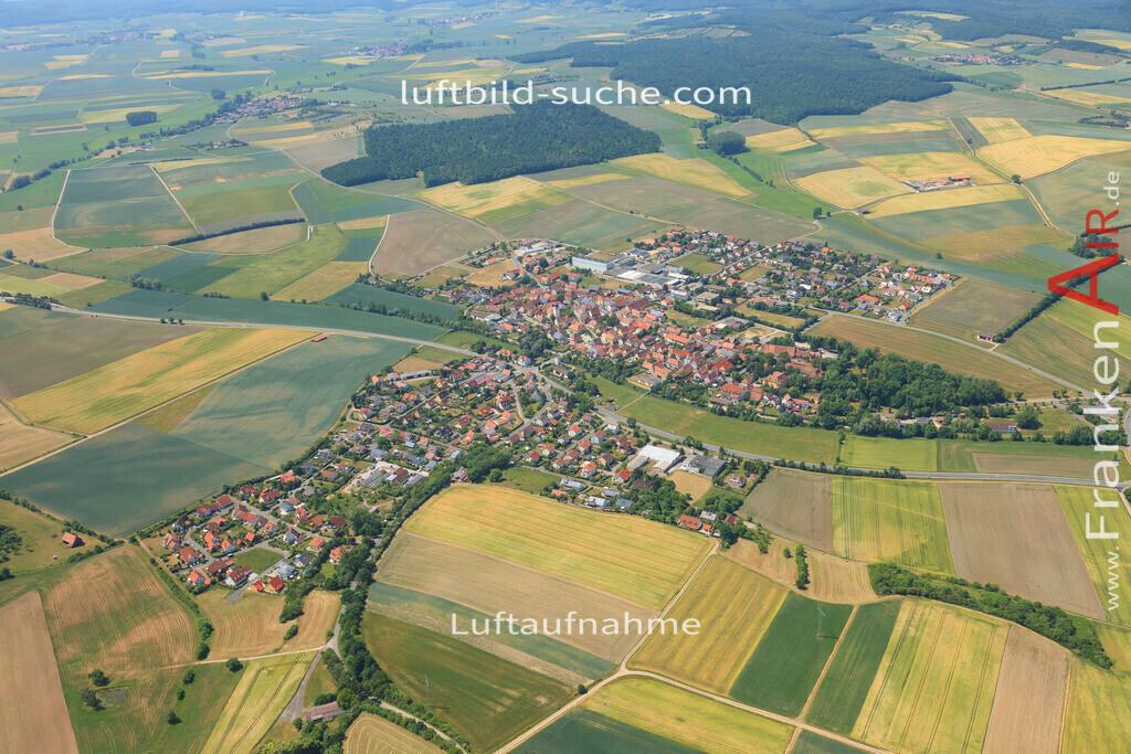 luftbild-sugenheim-2015-4683 | Luftbild von  Sugenheim - Luftaufnahme wurde 2015 von https://frankenair.de mittels Flugzeug (keine Drohne) erstellt - die Geschenkidee