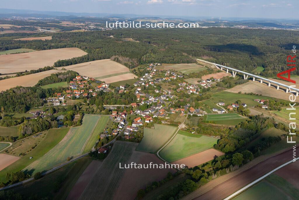 weissenbrunn-am-forst-2020-3705 | Aktuelles Luftbild von Weißenbrunn am Forst  - Die Luftaufnahme wurde 2020 mittels UL-Flugzeug erstellt ( keine Drohne ) - hochauflösende Kamera-Systeme von  Canon - Beste Qualität - Für grossformatige Ausdrucke geeignet. Die Geschenkidee !