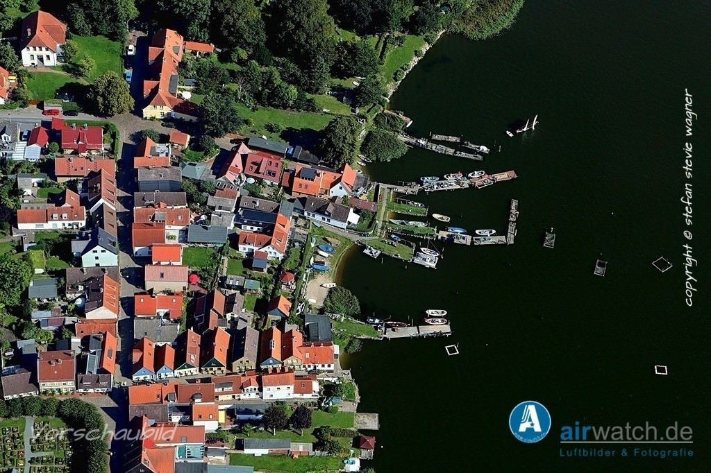 Luftbild Schleswig, Nienstall, Schlei, Ostseefjord   Luftbild Schleswig, Nienstall, Schlei, Ostseefjord • max. 6240 x 4160 pix