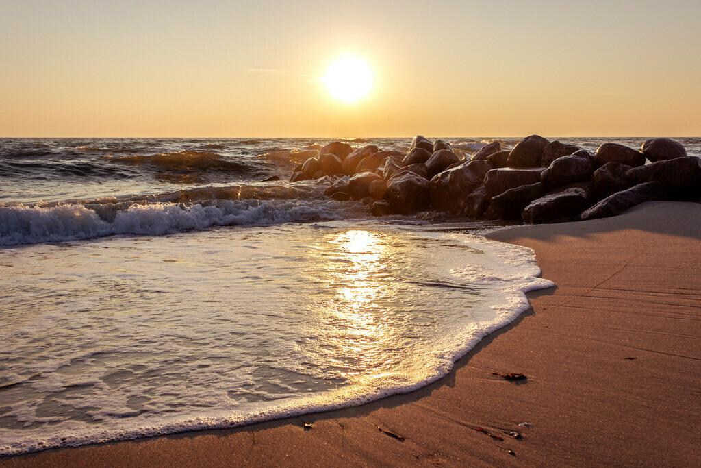 Strand in Damp | Sonnenaufgang in Damp im Winter