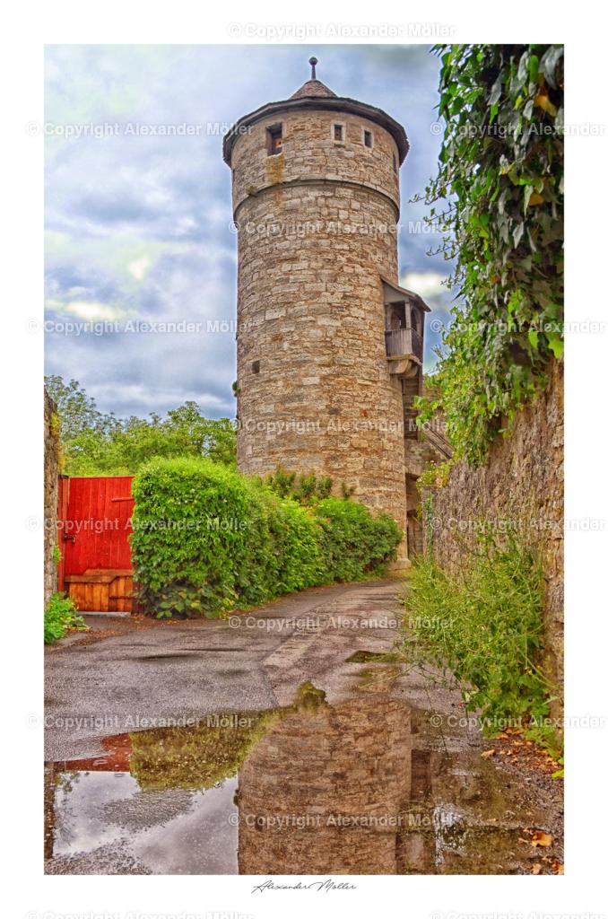 Rothenburg ob der Tauber No.40   Dieses Werk zeigt den Strafturm für leichte Vergehen. Der Turm wurde um 1400 errichtet und ist ein Teil der Stadtmauer, er diente als Gefängnis.